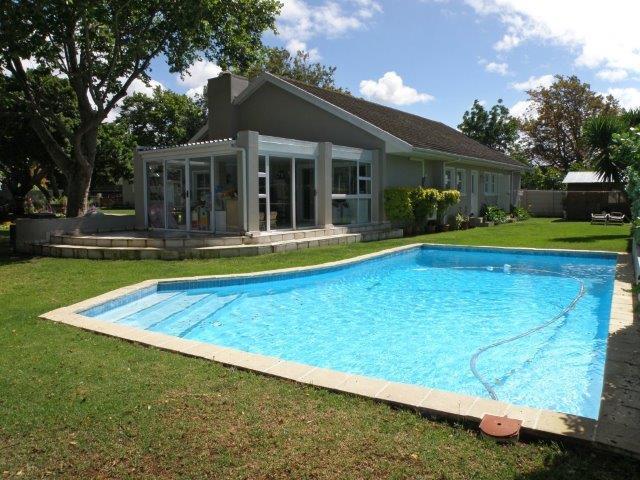 5 BedroomHouse For Sale In Constantia Hill Estate
