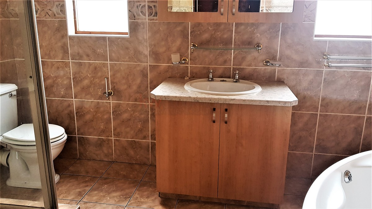 3 Bedroom House for sale in South Crest ENT0086991 : photo#16