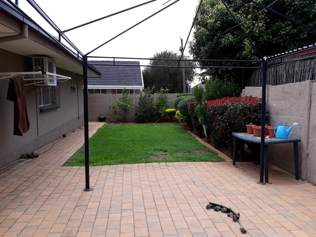 3 Bedroom House for sale in South Crest ENT0080475 : photo#9