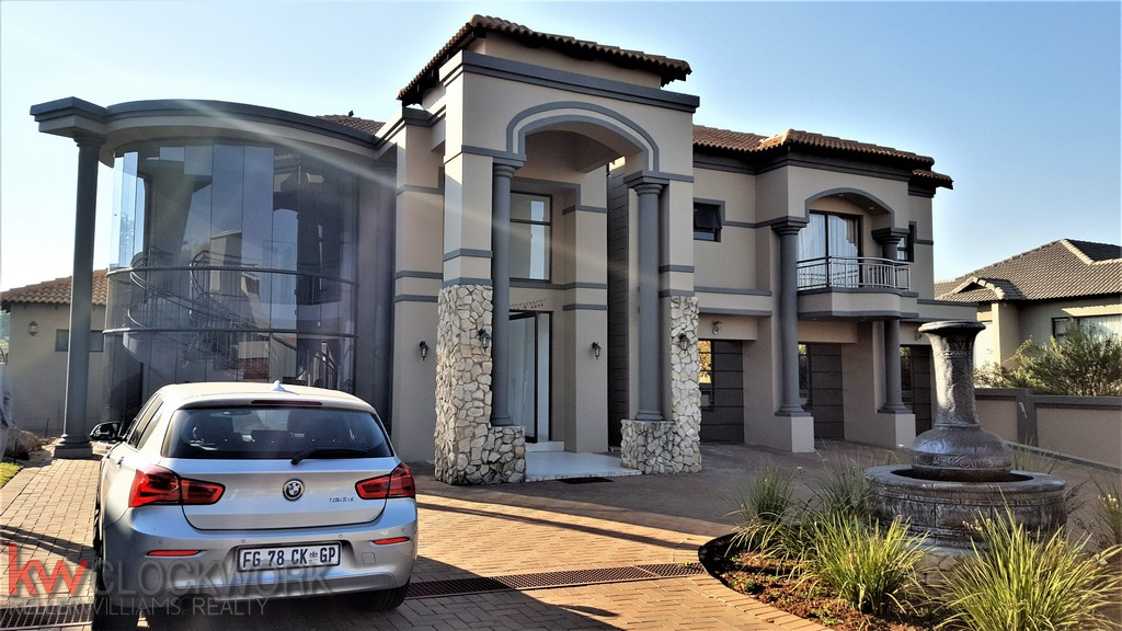 5 BedroomHouse For Sale In Meyersdal Nature Estate