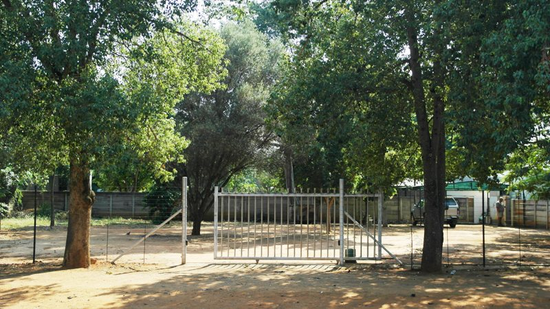 WELL LOCATED VACANT STAND WITH BUSINESS RIGHTS IN NABOOMSPRUIT