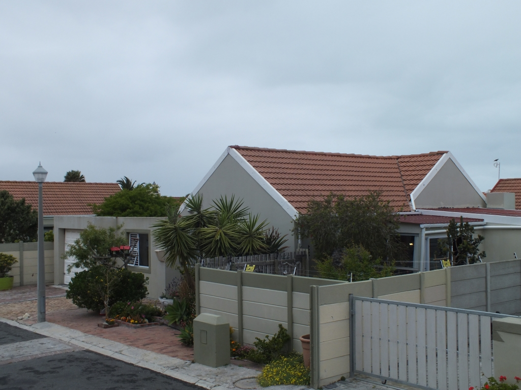 3 BedroomHouse For Sale In Franskraal