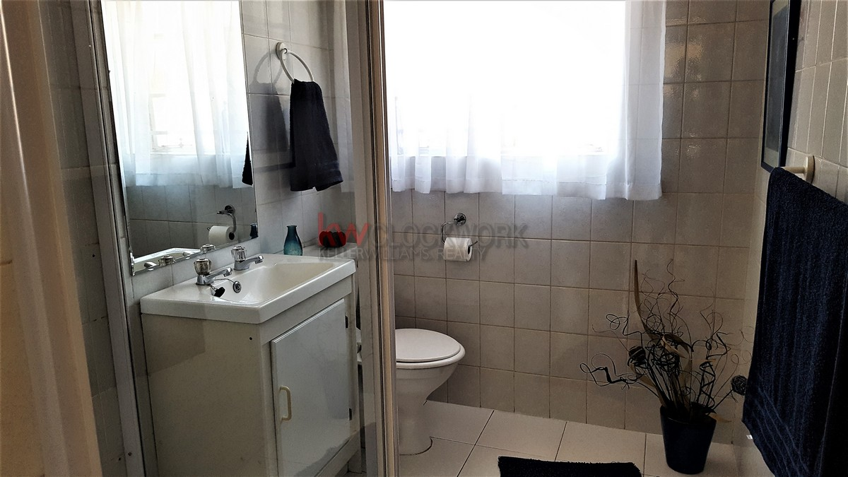 4 Bedroom Townhouse for sale in Bassonia ENT0074456 : photo#8