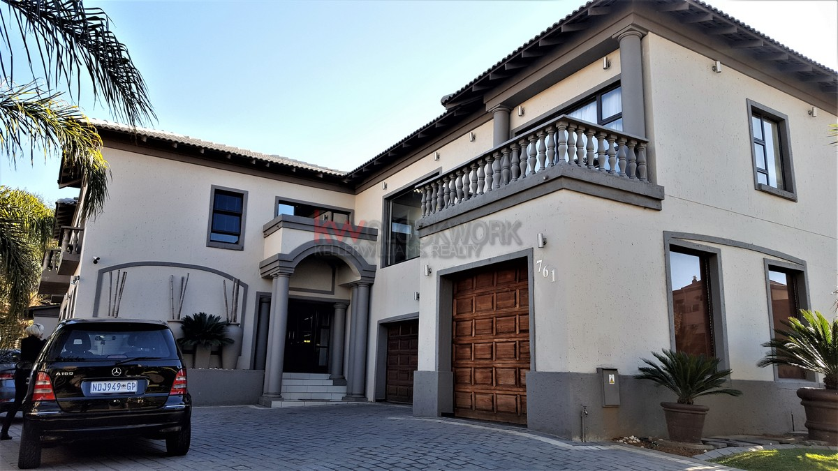 4 Bedroom House for Sale in Bassonia Estate