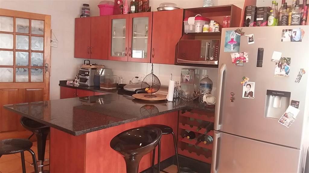 3 Bedroom House for sale in South Crest ENT0081637 : photo#4