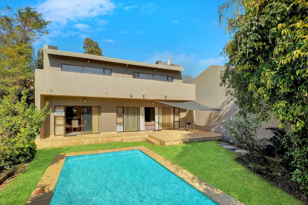 SANDOWN |3 BEDROOMS 2 BATHROOMS