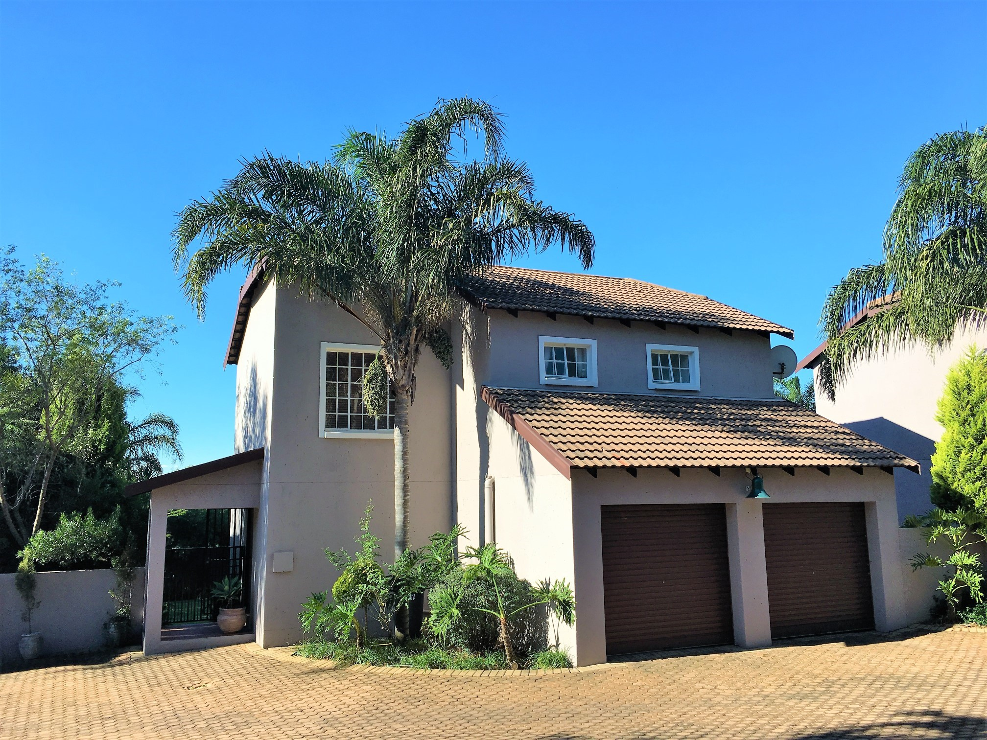 3 BedroomTownhouse For Sale In Ruimsig