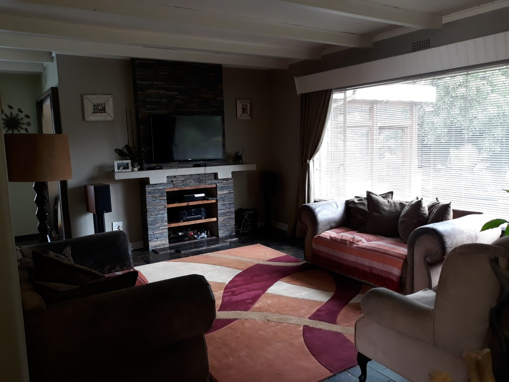 3 Bedroom House for sale in Verwoerdpark ENT0084742 : photo#16