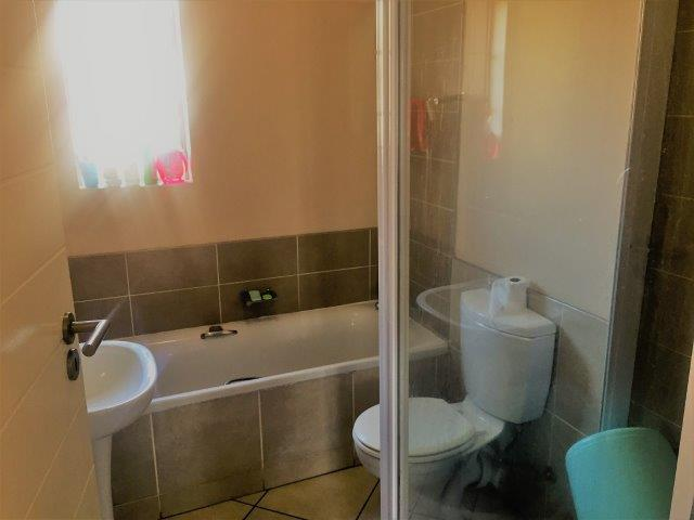 2 Bedroom Townhouse for sale in Monavoni ENT0075214 : photo#4