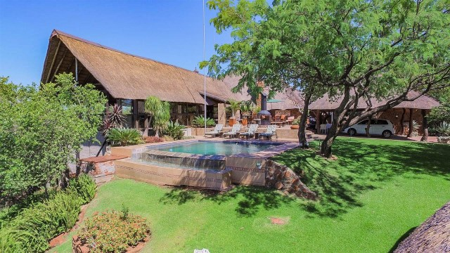 7 BedroomHouse For Sale In Brits
