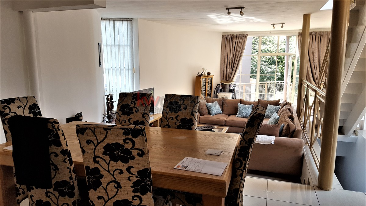 2 Bedroom Townhouse for sale in Bassonia ENT0067825 : photo#2