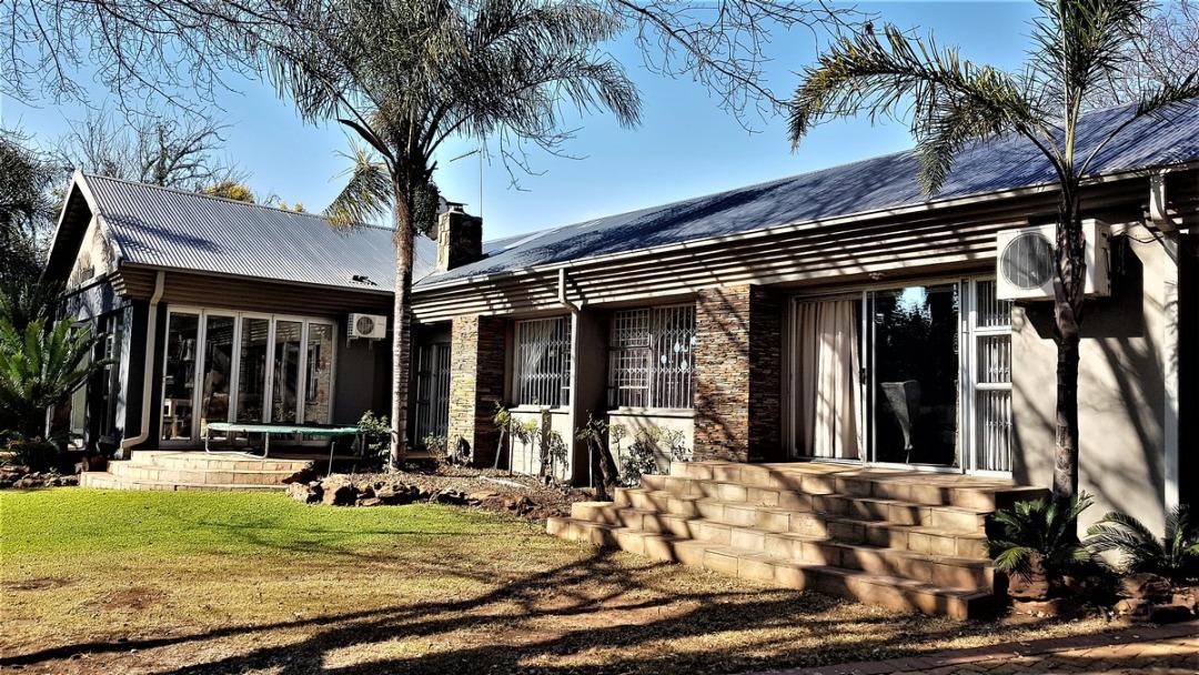 House For Sale In Alberante, Alberton, Gauteng for R 4,699,000
