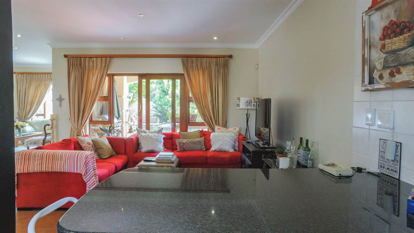 4 Bedroom Townhouse for sale in Mulbarton ENT0067436 : photo#16