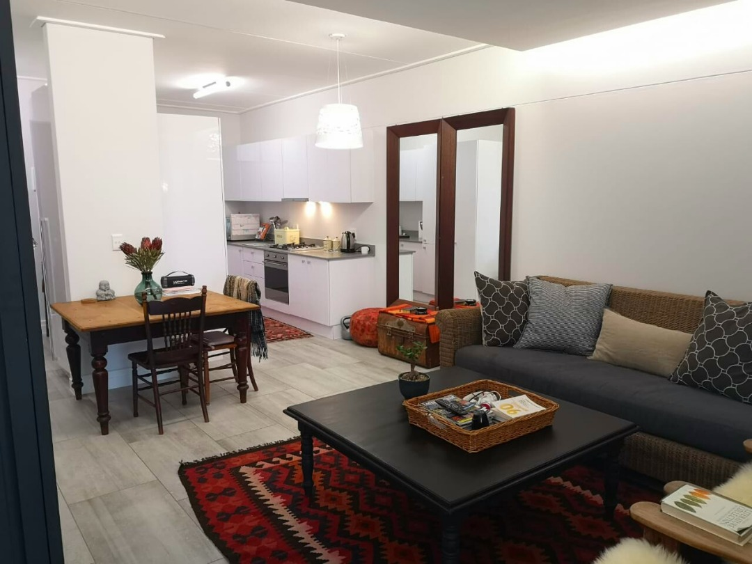Fully furnished & spacious luxury apartment