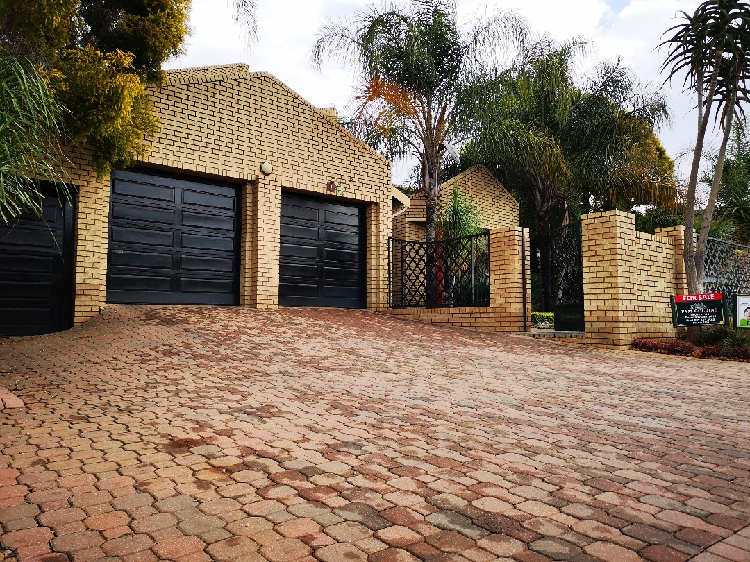 4 Bedroom House for sale in Centurion Golf Estate ENT0092985 : photo#1