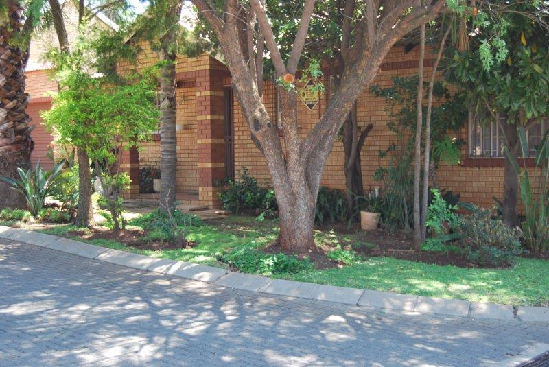 2 Bedroom Townhouse sold in Clubview ENT0067689 : photo#1