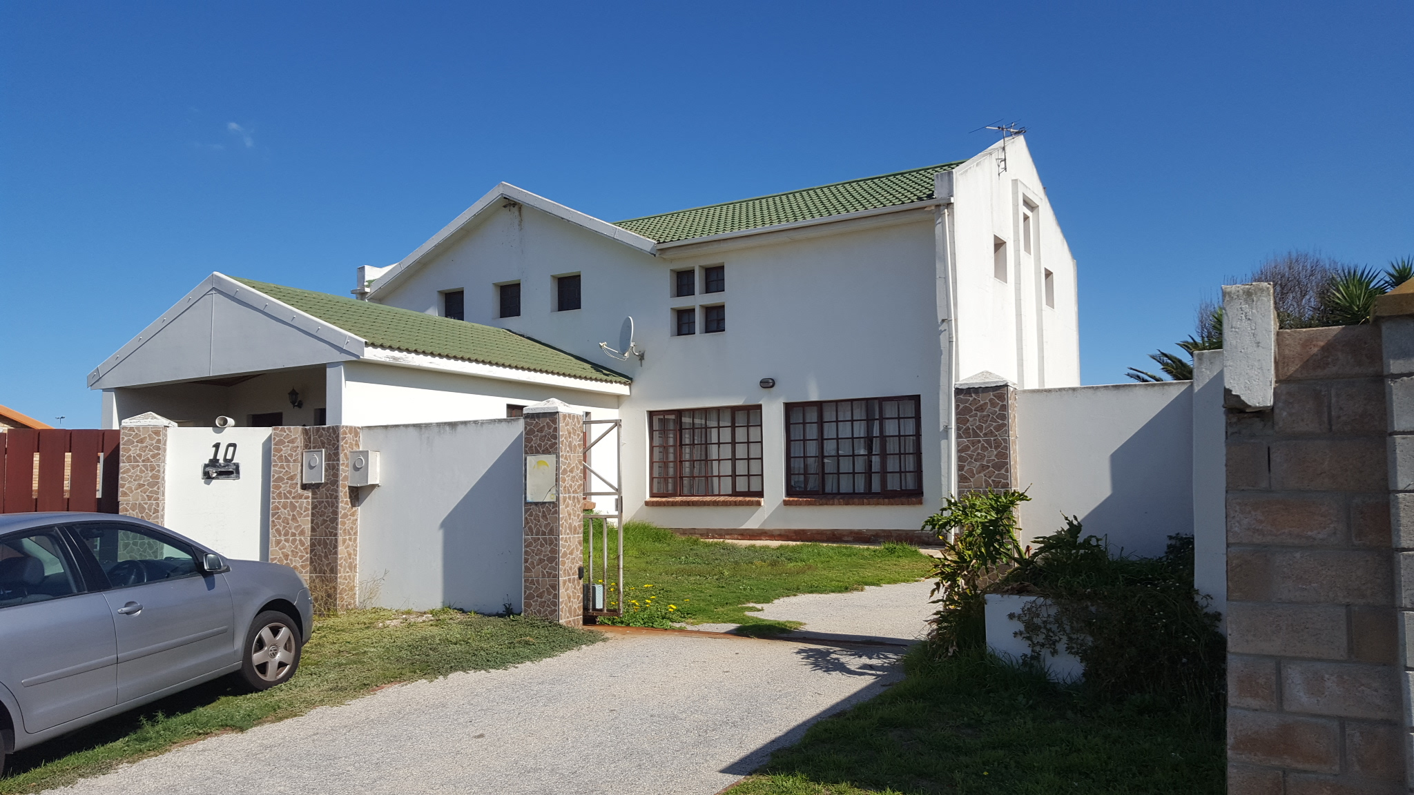 4 BedroomHouse For Sale In Bluewater Bay