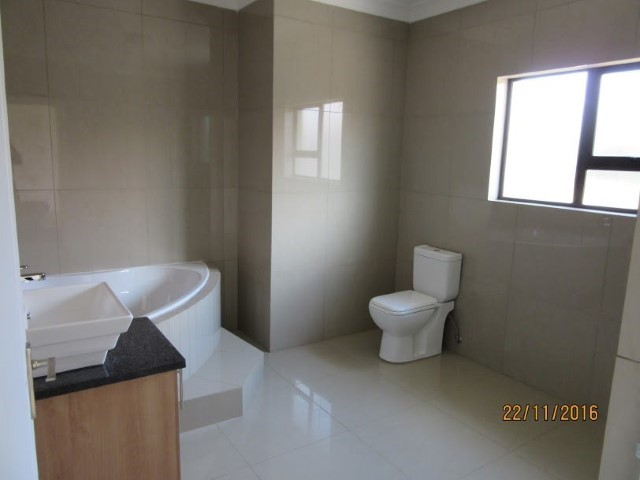 4 Bedroom House for sale in Montana Park & Ext ENT0056798 : photo#22