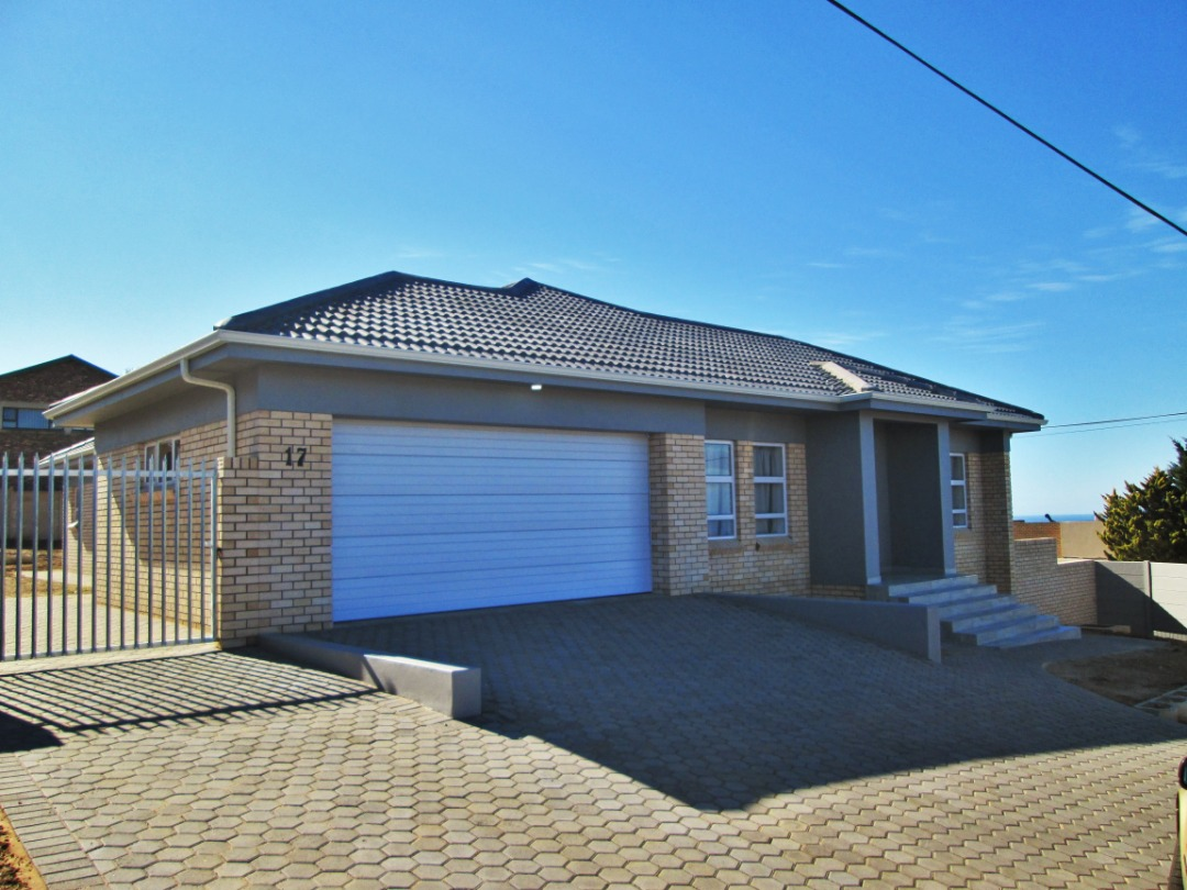 Brand-new 3 Bedroom House is now for Sale in Dana Bay, Mossel Bay.