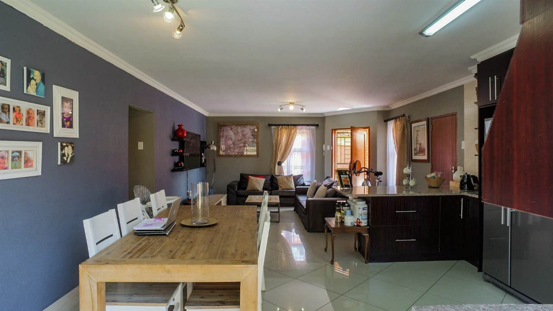 3 Bedroom Cluster for sale in New Redruth ENT0091737 : photo#6