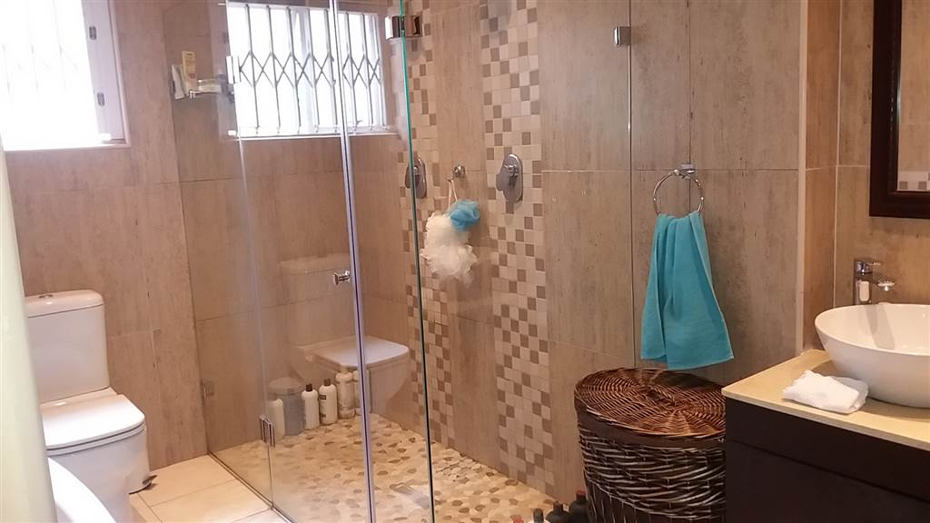 3 Bedroom House for sale in South Crest ENT0081637 : photo#9