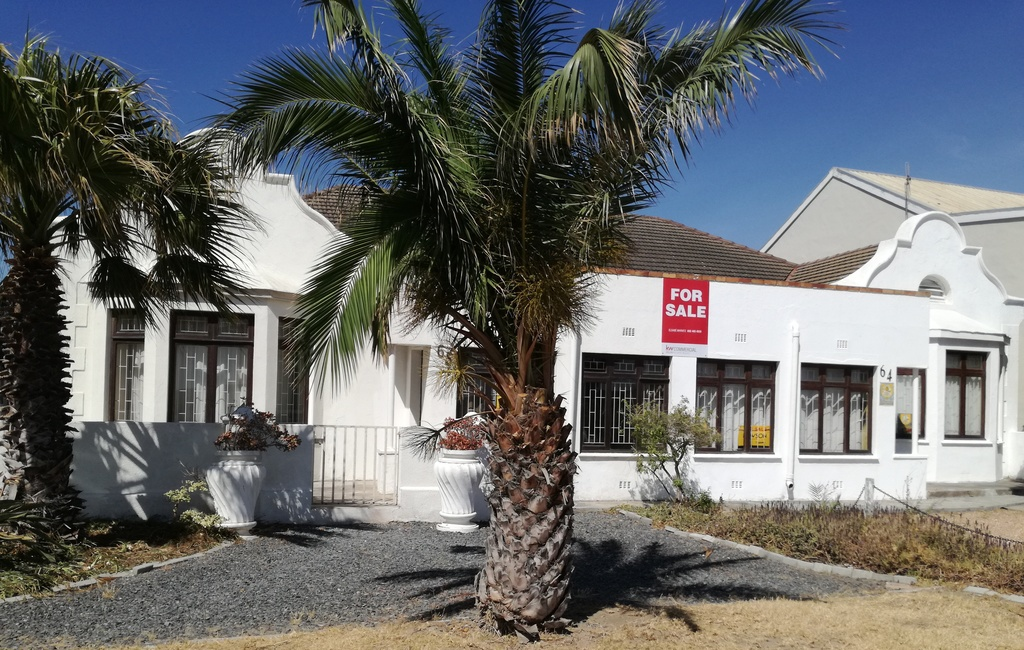 House For Sale In Strand Central