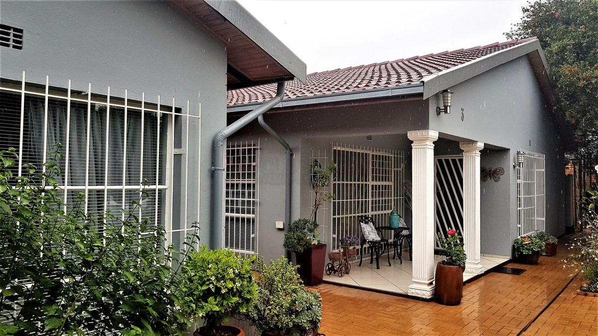 4 Bedroom House for sale in Verwoerdpark ENT0087086 : photo#13