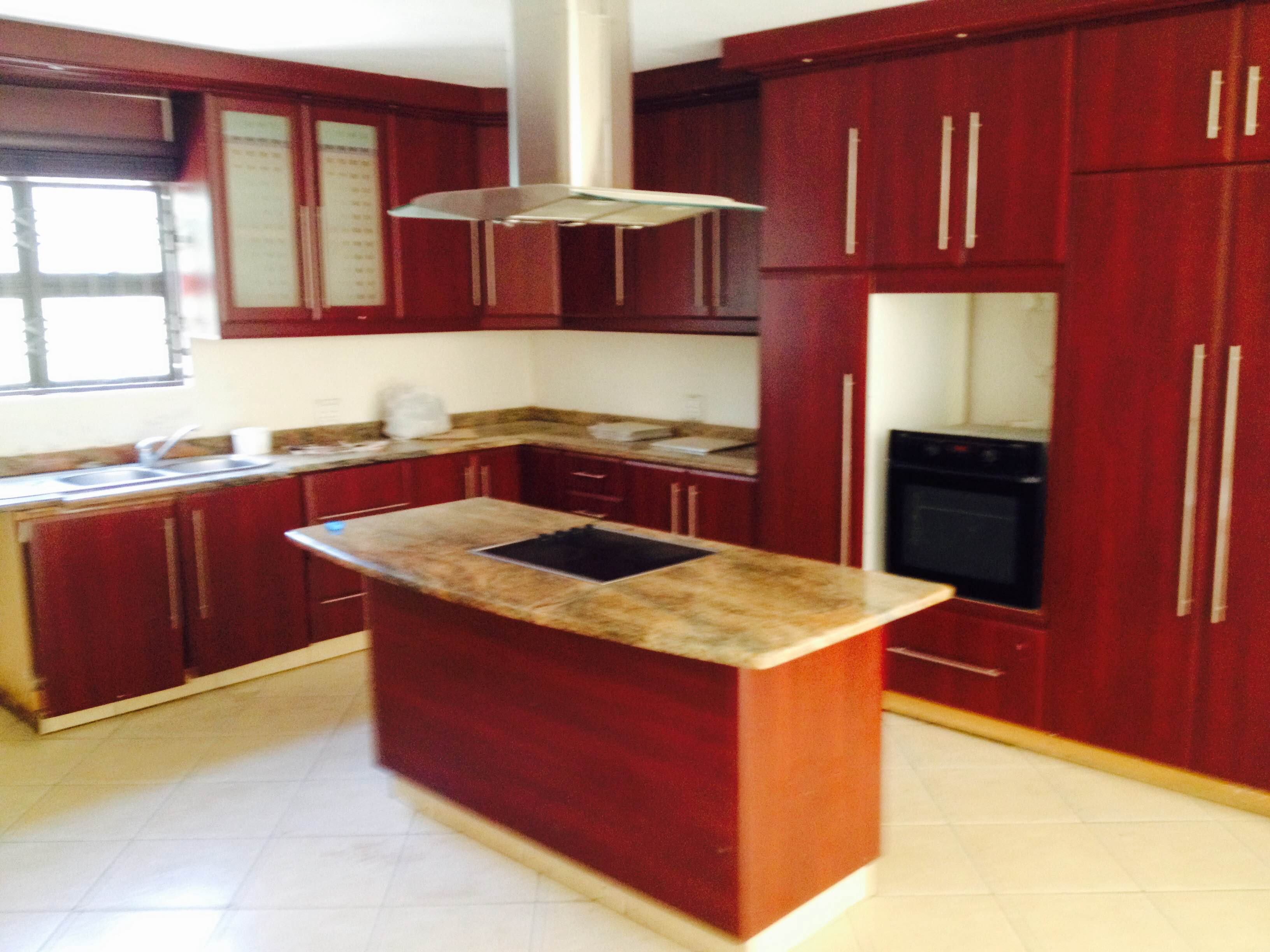 5 bedroom all en suite, Ballito to LET