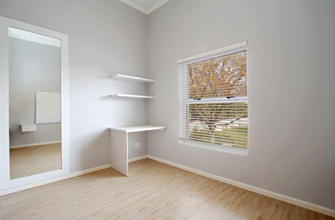 Guest bedroom 2.jpeg