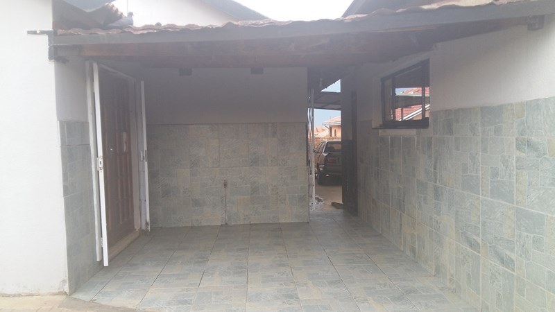 3 BedroomHouse For Sale In Phola
