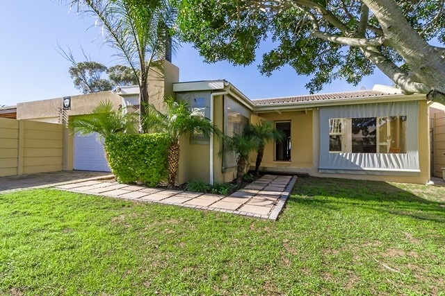 House for Sale in Central Durbanville