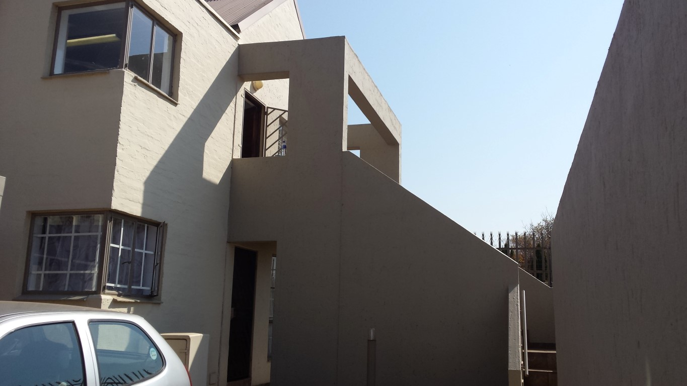 2 Bedroom Townhouse for sale in Glenvista ENT0056794 : photo#0