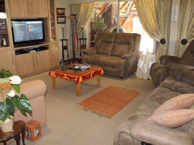 3 Bedroom House for sale in Verwoerdpark ENT0071268 : photo#6