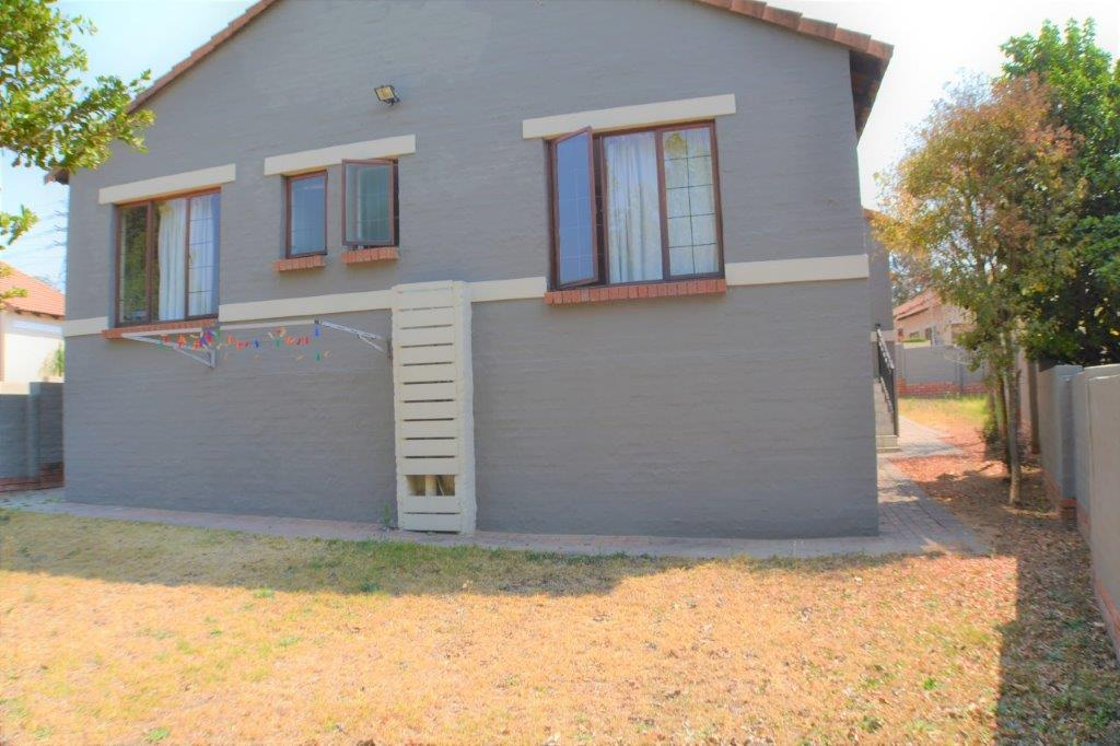 3 Bedroom Townhouse for sale in North Riding ENT0075414 : photo#4
