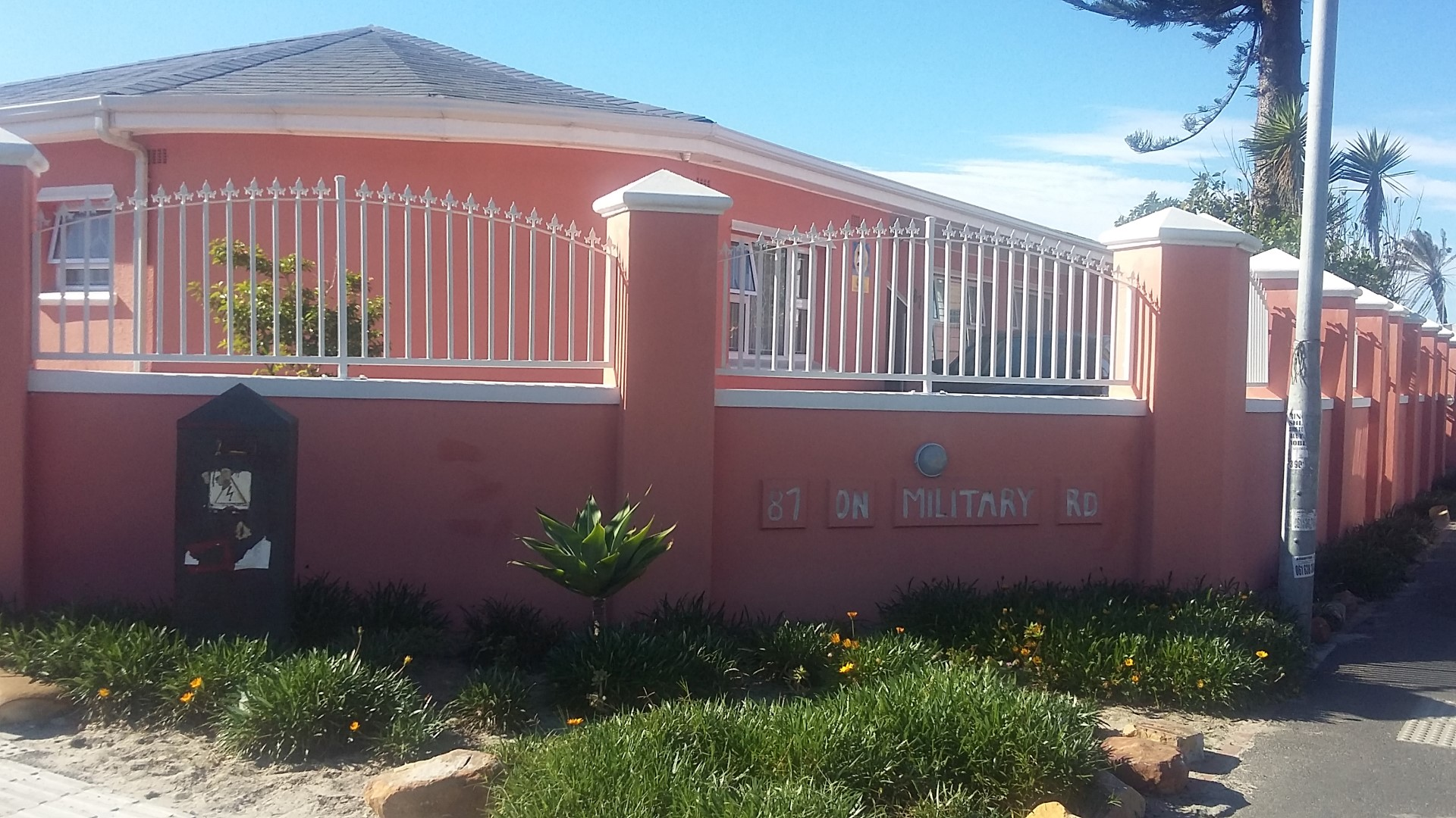 3 BedroomHouse For Sale In Steenberg