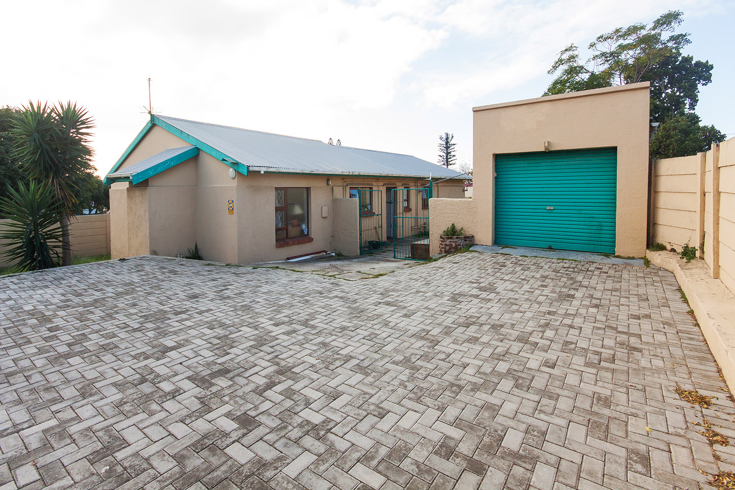 3 BedroomHouse For Sale In Perridgevale