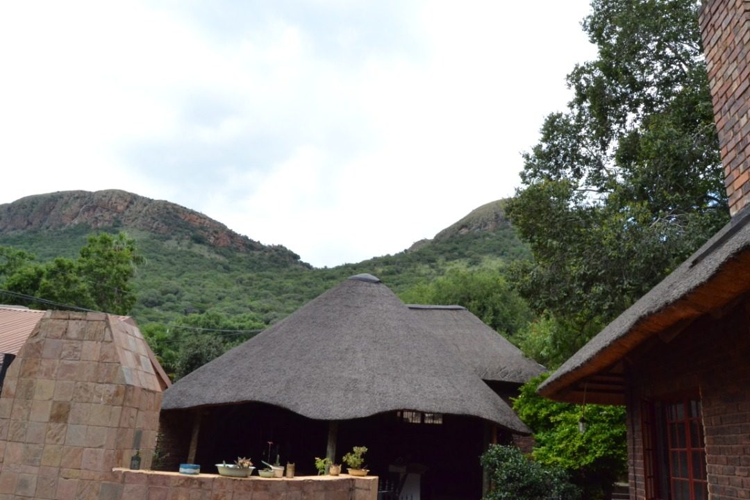 Cottage style property at the foot of Magalies Berg