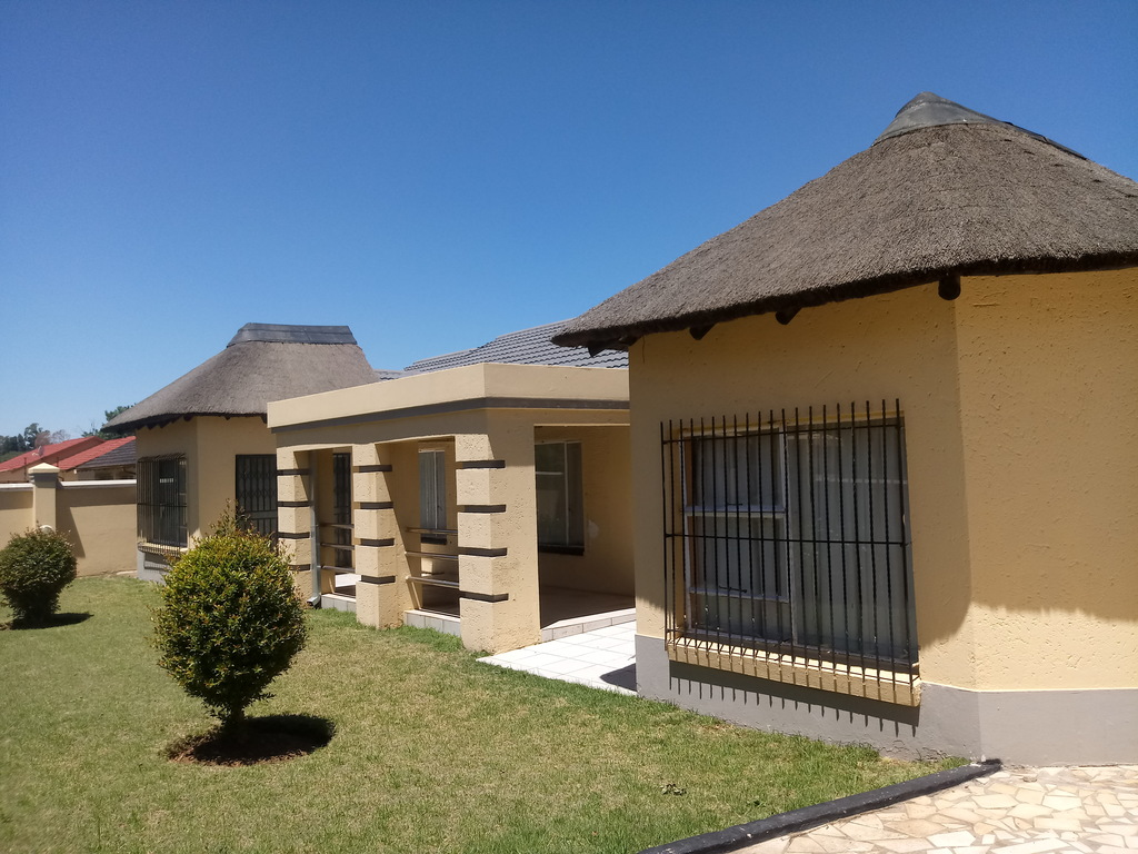 4 BedroomHouse For Sale In Modder East