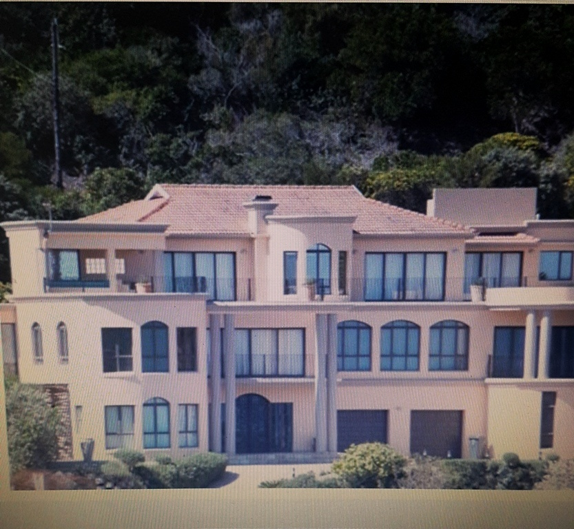 5 BedroomHouse For Sale In The Heads