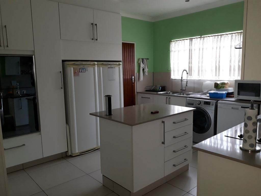 3 Bedroom House for sale in Verwoerdpark ENT0084761 : photo#16