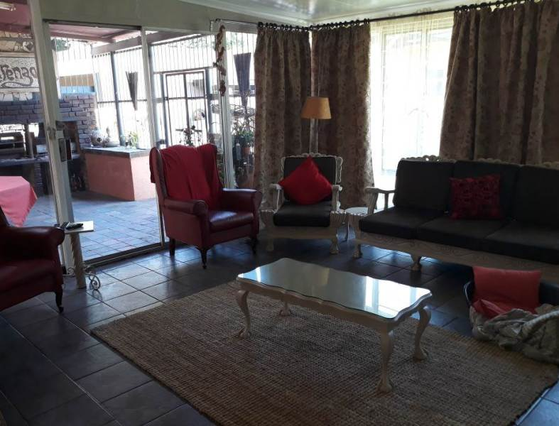 4 Bedroom House for sale in Florentia ENT0079846 : photo#26