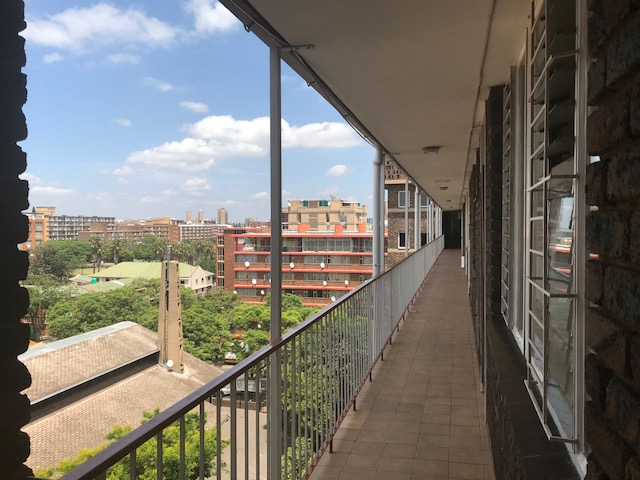 Standard Bank Easy Sell Property, 3 Bedroom , Sunnyside Apartment For Sale, Pretoria