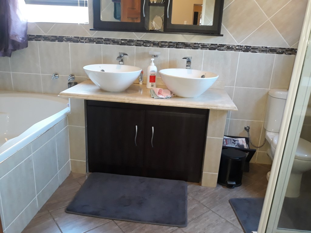 4 Bedroom House for sale in South Crest ENT0074549 : photo#21
