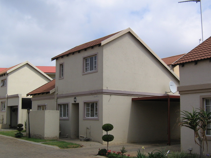 3 BedroomTownhouse For Sale In Wychwood
