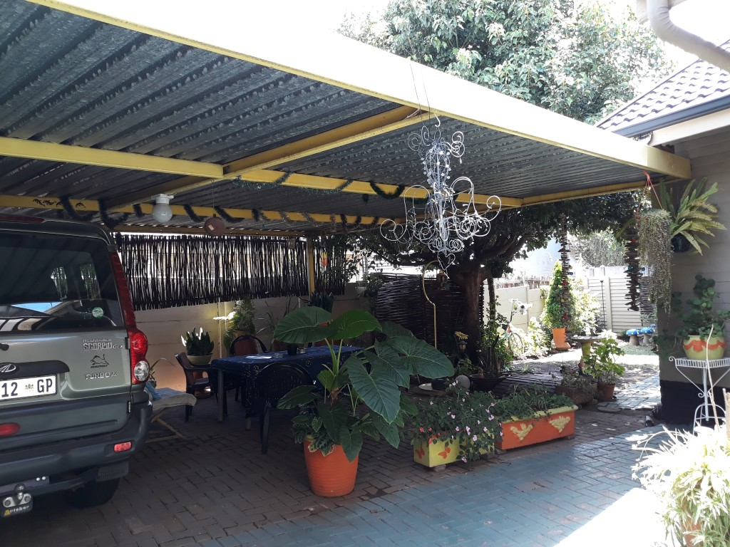 3 Bedroom House for sale in South Crest ENT0083774 : photo#3