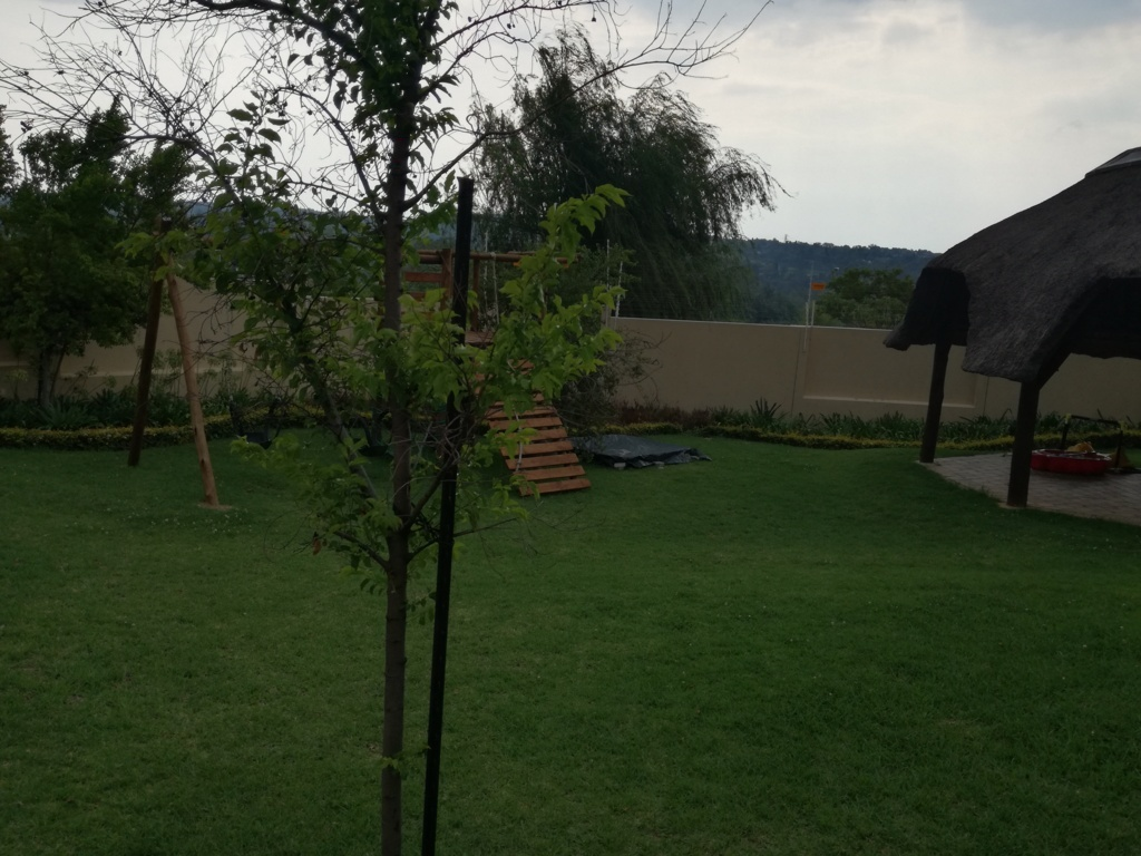 2 Bedroom Townhouse for sale in Sunninghill ENT0084557 : photo#23
