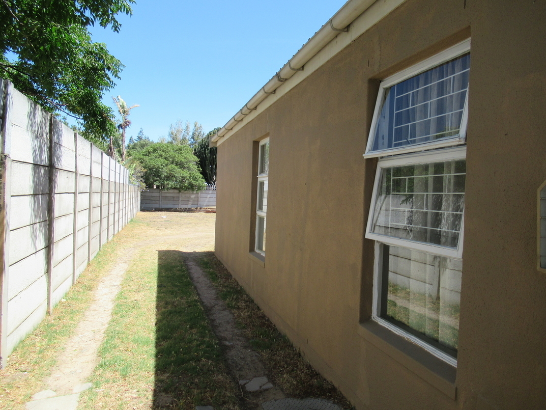 3 Bedroom House for sale in Strand South ENT0082002 : photo#3
