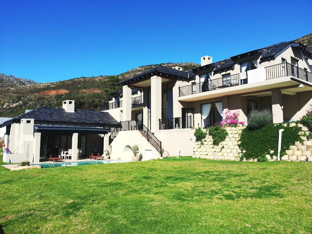 4 BedroomHouse For Sale In Tokai