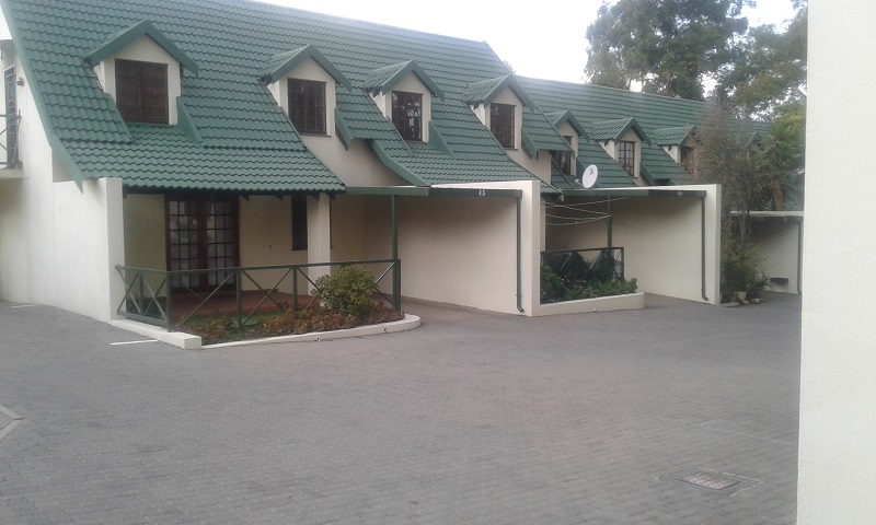 2 BedroomTownhouse For Sale In Halfway Gardens