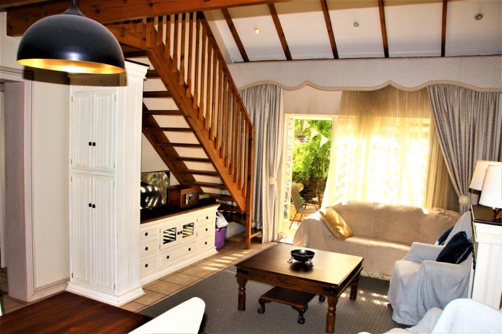 3 Bedroom Townhouse for sale in Eldoraigne ENT0032709 : photo#4